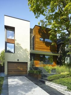 The Split House in Toronto - Click to see more of this house!