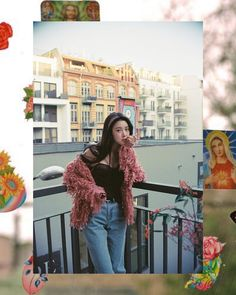 Instagram R, Retro Pattern, Female Singers, Warm And Cozy, Vinyl Records, Kpop Girls, Rock And Roll, Asian Girl, Fashion Beauty
