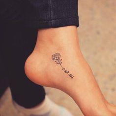 Tatuaje de una flor.
