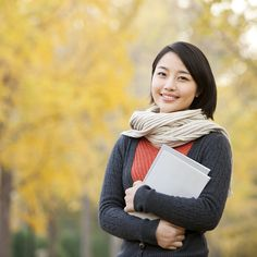 Are you a College Student? Have a College Student heading to college soon? Check out these helpful Couponing Tips that just may help them survive through college! College Student Discounts, Financial Aid For College, Scholarships For College, College Students, College Hacks, College Life, College Ready, Dorm Life, Online College