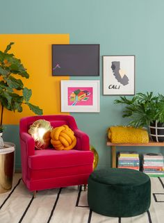 We Asked 15 Design Insiders to Predict Spring Color Trends Wall Colors, House Colors, Colour Blocking Interior, Color Blocking, Pink Velvet Chair, Love Wall Art, Yellow Walls, Vintage Design, Colorful Interiors