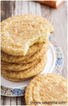 This easy, classic Snickerdoodles recipe yields soft and chewy cookies with crispy, sugary tops. Recipe for Snickerdoodles without cream of tartar included. (recipe for snickerdoodles sugar) Frosting Recipes, Pie Recipes, Baking Recipes, Cookie Recipes, Dessert Recipes, Icing Recipe, Buttercream Frosting, Snickerdoodle Recipe Without Cream Of Tartar, Cake Topper Banner