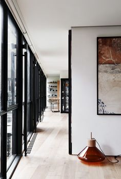 The famous Robin Boyd house in Melbourne is renovated by architect Stephen Jolson nearly 60 years after it was built - Vogue Living Architecture Design, Modern Architecture House, Design Parquet, Renovation Parquet, Interior And Exterior, Interior Design, Modern Interior, Dream Decor, Decoration