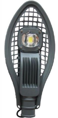 LAMPA STRADALA LED 50W IP67 ALB RECE este un model special avand caracteristici tehnice impresionante: flux luminos de 100 lm/Watt, dispersor cu efect de lupa si un corp prevazut cu fante, pentru o mai buna racire. Are un bun raport calitate pret datorita consumului redus si duratei mari de viata. Thing 1, Home Appliances, Led, Impressionism, House Appliances, Domestic Appliances