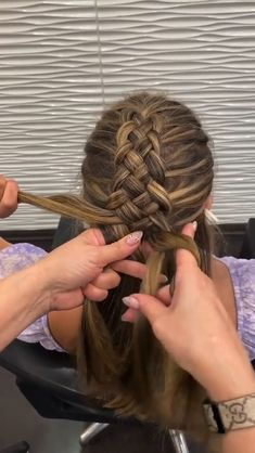 Hairdo For Long Hair, Bun Hairstyles For Long Hair, Braided Hairstyles, Sporty Hairstyles, Athletic Hairstyles, Hairstyles Videos, Running Hairstyles, Kawaii Hairstyles, Volleyball Hairstyles