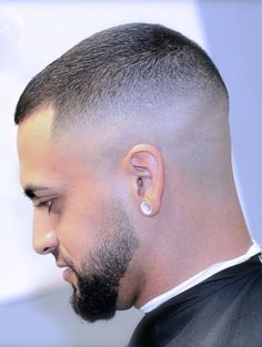 Buzzed it down Slick Hairstyles, Hairstyles Haircuts, Haircuts For Men, Military Haircuts, Short Fade Haircut, Short Hair Cuts, Short Hair Styles, High Skin Fade, Hair Cutting Techniques