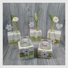 - Ostern Dekoration Garten Beton - Best Picture For diy furniture For Your Taste You are looking for something, and it is going to t - Holiday Wood Crafts, Diy Home Crafts, Arts And Crafts, Table Flowers, Flower Vases, Made Of Wood, Diy Wreath, Candle Making, Table Centerpieces