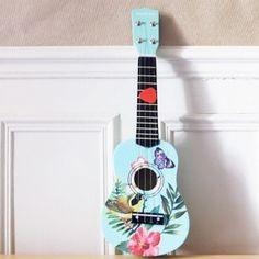 Ukulele Art, Music Guitar, Painted Ukulele, Ukulele Design, Piano Art, Guitar Painting, Wallpaper, Reggae, Bohemian