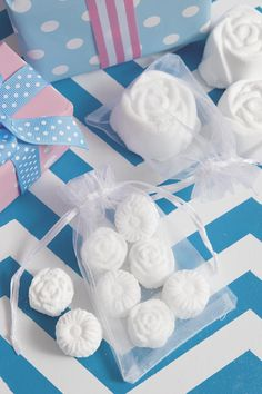 How To Make: Homemade bath bombs