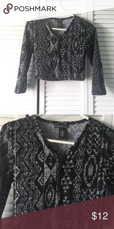 Printed front zip crop top Printed front zip long sleeve crop top !brand new size M Tops Crop Tops