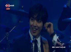 CNBLUE - Cinderella @ABU Song Festival in Turkey [HD 720P]