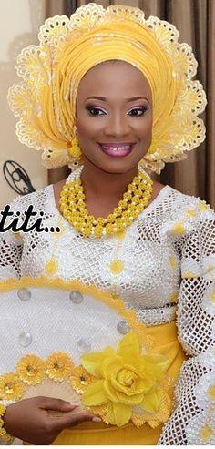 Attaché foulard gélé maré têt headwrap ~African fashion, Ankara, kitenge, African women dresses, African prints, Braids, Nigerian wedding, Ghanaian fashion, African wedding ~DKK