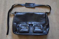AWESOME ACNE STUDIOS Vintage Unisex Heavy Leather Messenger / Satchel Bag