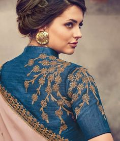 20 Stylish and Trendy Saree Blouse Back Neck Designs - FashionShala Indian Blouse Designs, Saree Blouse Neck Designs, Fancy Blouse Designs, Blouse Designs Wedding, Latest Blouse Designs, Saree Blouse Patterns, Sari Design, Design Floral, Body Fitness