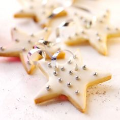 Elderflower and Lime Shortbread Stars, an edible Christmas gift or tree decoration. For the full recipe, click the picture or see www.redonline.co.uk