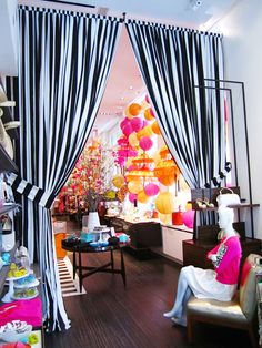 Inspiration for my new Dressing Room space found in a kate spade store. Boutique Decor, Boutique Design, Boutique Ideas, Boutique Interior, Jardin Decor, Doorway Curtain, Window Curtains, Striped Curtains, White Curtains