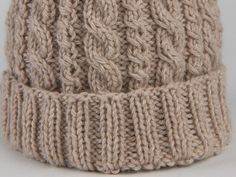 cables without a cable knit needle Cable Knitting Patterns, Knitting Needles, Knitted Hats, Tie Dye, Beanie, Throw Pillows, Crafty, Sewing, How To Make