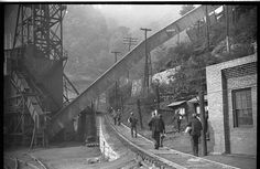 ben shahn wv pictures | ... home after work. Part of coal tipple shown at left. West Virginia