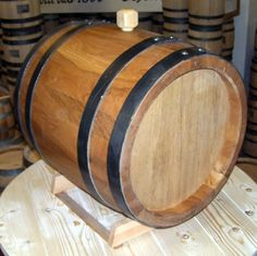 Botte in rovere per vin santo - Oak barrel for vin santo - +39 0547 310171