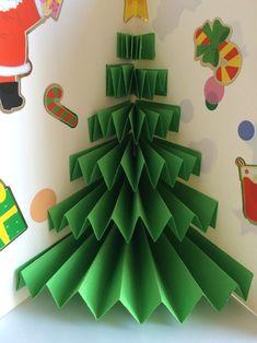 Carte de Noël Pop-up-Très Facile - saison :hiver/noel - Pop Up Christmas Cards, Pop Up Cards, Xmas Cards, Christmas Art, Christmas Decorations, Diy And Crafts, Paper Crafts, Diy Bathroom, Diy Weihnachten
