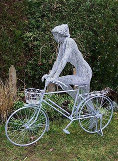 Wire Sculptures by Derek Kinzett