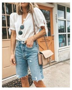 Black Ripped Denim Shorts, Long Jean Shorts, Mom Jeans Shorts, White Skinny Jeans, Blue Jeans, Womens Long Shorts, Cut Jean Shorts, Nike Shorts, Boyfriend Shorts Outfit
