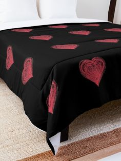 'Red Drawn Heart of Love Romantic Valentines Day' Comforter by Pamela Arsena Boho Comforters, King Size Comforters, Black Wall Decor, Floral Comforter, Trendy Home Decor, Types Of Beds, College Dorm Rooms, Beautiful Bedrooms, Square Quilt