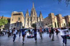 Dancing sardanas in Barcelona (Catalonia)