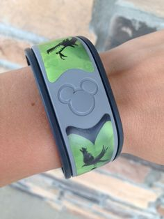Wristwrap for your Magicbands. from www.wickedstepwrister.com