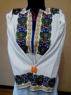 Ukraine, from Iryna Polish Embroidery, Cross Stitch Embroidery, Embroidery Patterns, Types Of Stitches, Folk Fashion, Ukraine, Needlework, Embroidered Tops, Folk Style