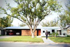 Encuentra las mejores ideas e inspiración para el hogar. Casa LR por Lopez Resendez STUDIO   homify