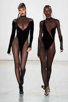 LaQuan Smith Fall 2020 Ready-to-Wear Fashion Show - Vogue Couture Fashion, Runway Fashion, Steampunk Fashion, Gothic Fashion, Street Fashion, Laquan Smith, Bouchra Jarrar, High Fashion Models, Do It Yourself Fashion