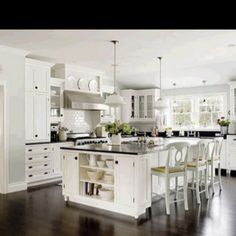Gorgeous kitchen! Somethings gotta give.