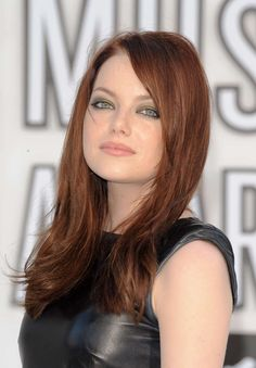 haircut - Emma Stone hair color