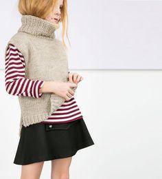 Sleeveless knit sweater
