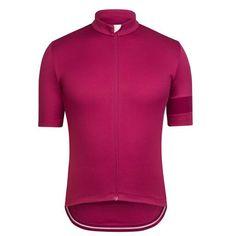 Merkabici Rapha lanza la actualización de su clásica Sportwool: El maillot Classic Jersey II