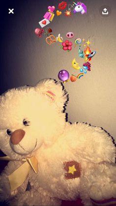 Cute Emoji Wallpaper, Cute Wallpaper Backgrounds, Tumblr Wallpaper, Cute Wallpapers, Snapchat Art, Snapchat Picture, Emoji Pictures, Girly Pictures, Creative Instagram Photo Ideas