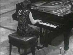"""Martha Argerich play Chopin """"Polonaise N°6 l'heroique"""" - YouTube"""