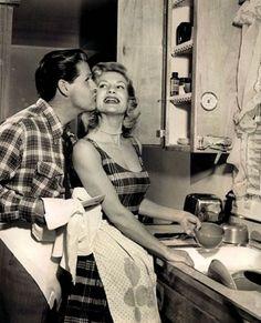 Fantástico! Guia da boa esposa de 1950. Ainda bem que as coisas mudam! - # #casamento #mulher #sociedade