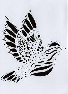 Carte postale kirigami Papier Découpé Oiseau Noir fond Blanc