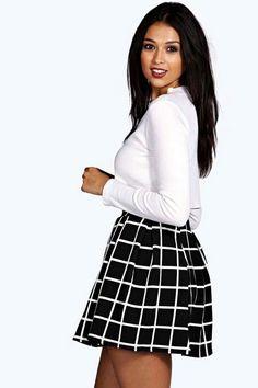 ae684673e 37 Best Skirts images | Boohoo, Fashion vintage, Vintage fashion
