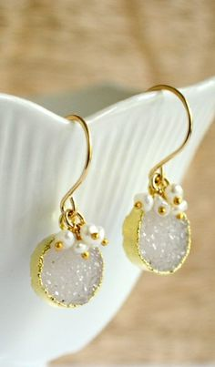 Pale gray druzy and tiny freshwater pearl earrings. By Kahili Creations of Hawaii...