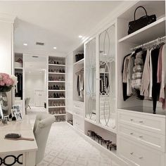 Walk In Closet Ideas - Seeking some fresh ideas to renovate your closet? See our gallery of leading deluxe walk in closet design ideas and images. Closet Walk-in, Bedroom Closet Doors, Bedroom Wardrobe, Closet Ideas, Closet Mirror, Mirror Vanity, Wardrobe Ideas, Walk In Wardrobe Inspiration, Wardrobe Doors