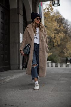 black-palms-hm-teddy-coat - Mascara Tips Winter Outfits Women, Outfits For Teens, Fall Outfits, Summer Outfits, Mode Outfits, Stylish Outfits, Fashion Outfits, Womens Fashion, Fashion Ideas