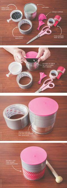 Vamos fazer mais um instrumento musical bem criativo para trabalhar com música na escola, um tambor com lata de leite vazia, grão...