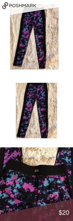 Fila leggings Very cute fila leggings these are long not cropped like new barely worn Fila Pants Leggings