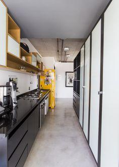 Armario preto cm marmore preto. geladeira retro