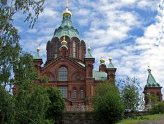 Uspenski cathedral in Helsinki, Finland by Aili Alaiso Helsinki, Four Seasons, Finland, Barcelona Cathedral, Building, Travel, Beautiful, Construction, Trips