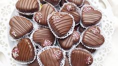 Arabic Food, Mini Cupcakes, Cookie Recipes, Biscuits, Caramel, Muffin, Goodies, Appetizers, Candy