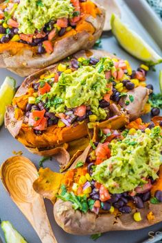 Easy Healthy Dinner Ideas That Are Extremely Popular And Easy To Make Make these Vegan Black Bean Taco Stuffed Sweet Potatoes for a satisfying Mexican dish that's healthy, fresh and amazingly flavorful. Great Vegan Recipes, Mexican Food Recipes, Whole Food Recipes, Cooking Recipes, Healthy Recipes, Italian Recipes, Stuffed Food Recipes, Beef Recipes, Sweet Potato Recipes Healthy